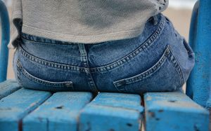 Pantalones mujer agresion sexual  HippoPx